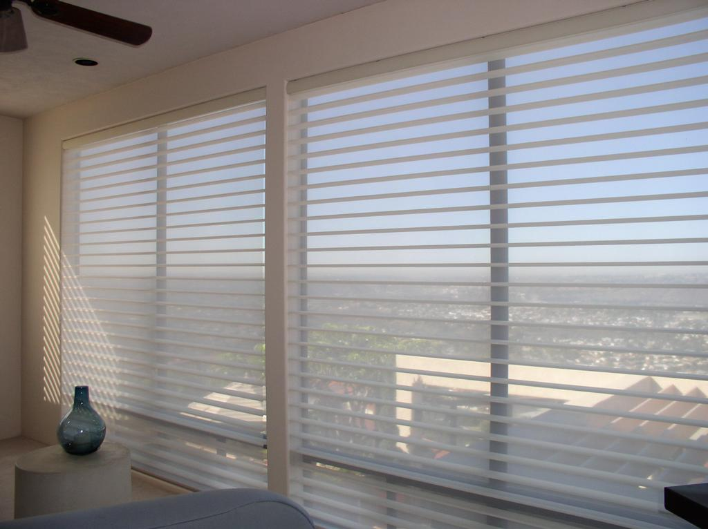 Shutter masters knoxville shades shutters knoxville for 12 500 commercial window coverings inc